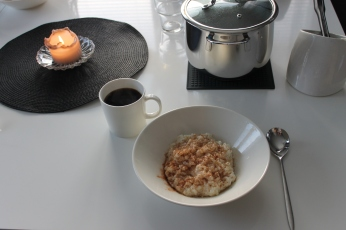 Rice porridge to start the day