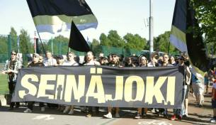 SJK Supporters on the march to HJK's Sonera Stadium. Photo courtesy Antti Huhtamäki / SJK Media Team